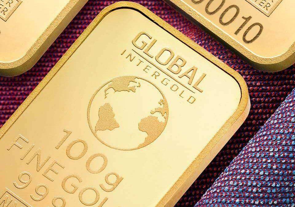由於今年金價上漲,黃金回收與賣黃金備受矚目,辦理台中黃金回收、台中賣黃金大有人在。2020年除了許多災情、疫情發生,也有許多身旁的演藝人員、國家英雄也在今年殞落,而最受大家在意的經濟狀況,也隨著疫情出現,像溜滑梯般一路下滑,因此開始有許多聲浪出現。政府出現了疫情相關的補助、救助金,銀行推出緩繳貸款、信用卡費相關福利,但無法…